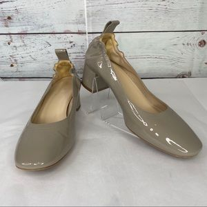 Everlane Day Heel, 7.5, patent leather taupe, EUC